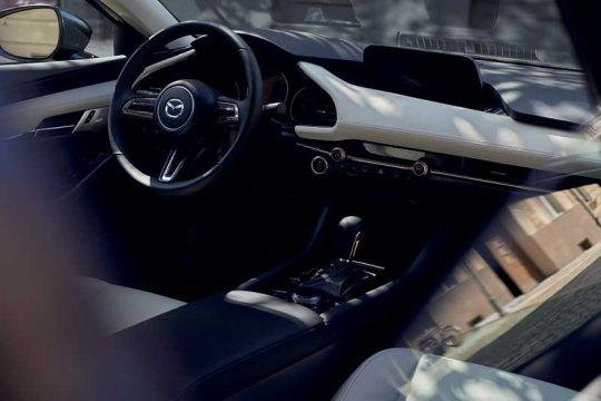 Mazda3 console